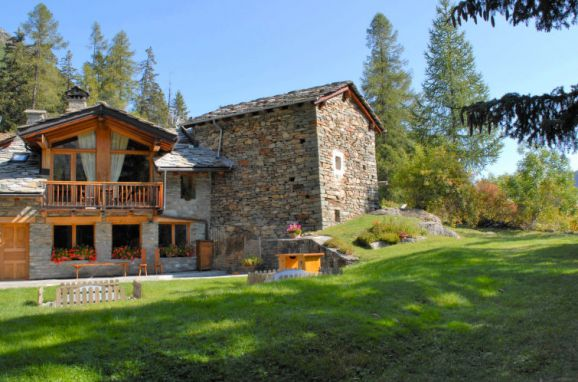 Outside Summer 1 - Main Image, Chalet chez Les Roset, Arvier, Aostatal, , Italy