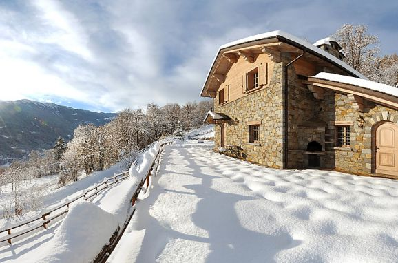 Outside Winter 12 - Main Image, Chalet Anna, Grosotto, Lombardei, , Italy