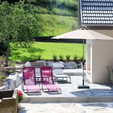 Außen Sommer 2, Chalet am Bächle, Hofstetten, Schwarzwald, Baden-Württemberg, Deutschland
