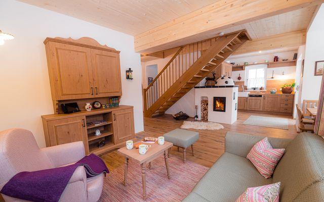 Gössl Wohnzimmer mit Treppe